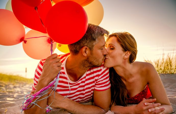 10 Signs Your Relationship Will Last a Lifetime