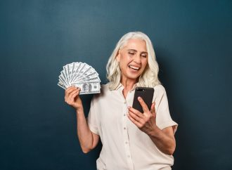 5 Apps That Actually Make It Fun to Save Money