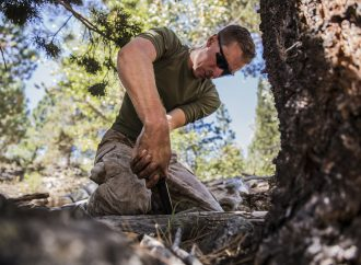 10 Survival Skills Everyone Should Learn