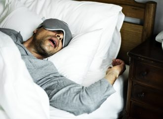 4 tips for a snore-worthy sleep every night