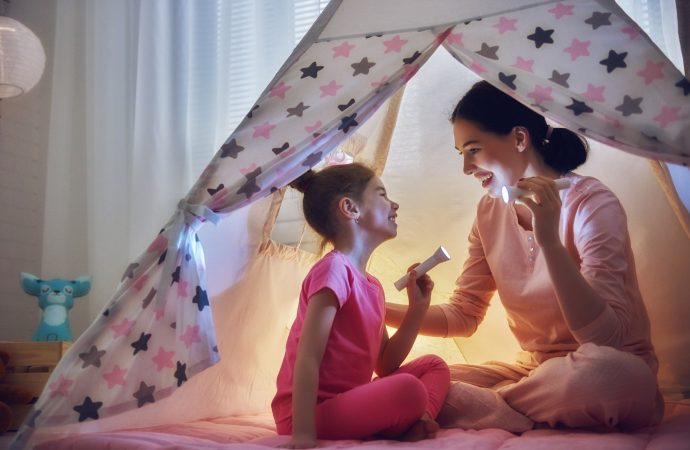 6 Things To Do With Kids Indoors