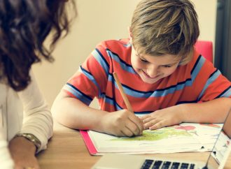 4 Best Ways to Homeschool Your Kid